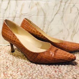 Talbots snake print shoes pointed leather heels